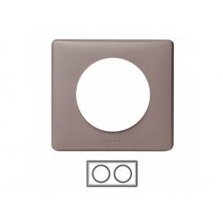 2-rámik, hnedosivá